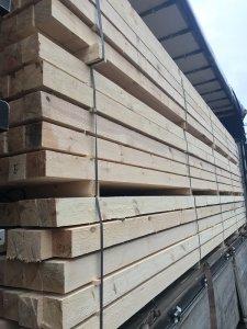 Nuolatos prekiaujame statybine mediena