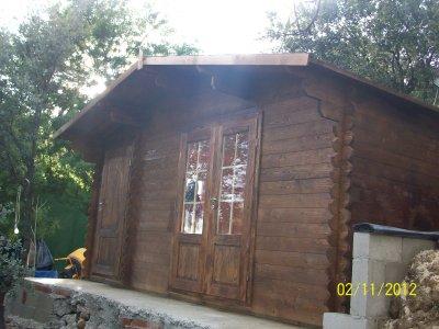 medžio masyvo namus