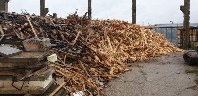 sausos medienos atraižos apie100 m3